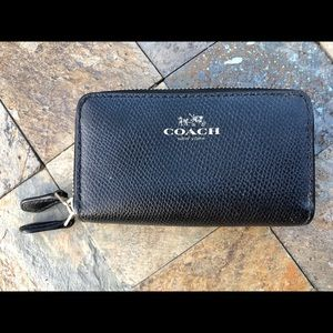 Like new small Black coach double zip wallet